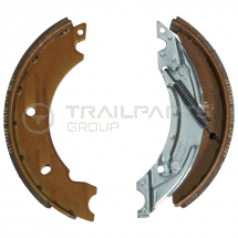 Knott brake shoes c/w springs 200x30mm