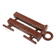Pipe coil trailer pipe end clamp